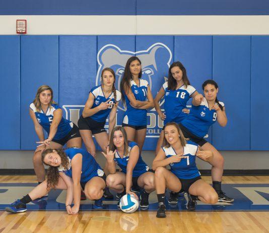 KCC's 2018 women's volleyball team.