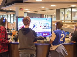 Students play Super Smash Bros. in the Student Center.