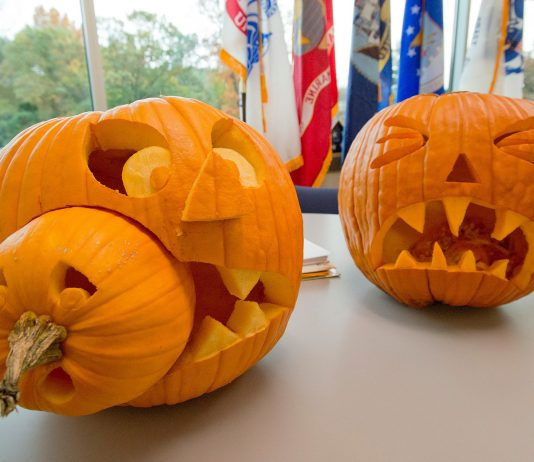 picture of carved pumpkins